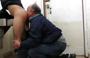 Gammal prostituerad Laura lespiskporr och två kunder