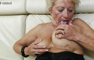 Hon åt kyckling porr lespisk