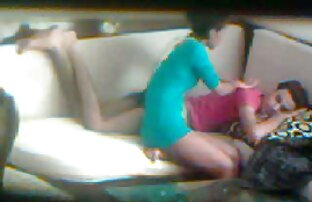 Hon spelade in den erotisk lesbisk film 8 November och gav sex